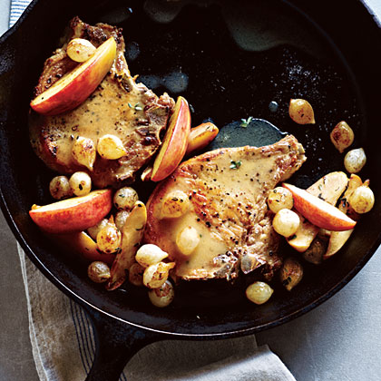 Pork Chops with Roasted Apples and Onions Recipe