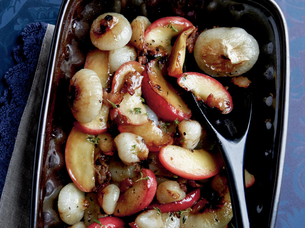 Cipollini and Apples with Bacon