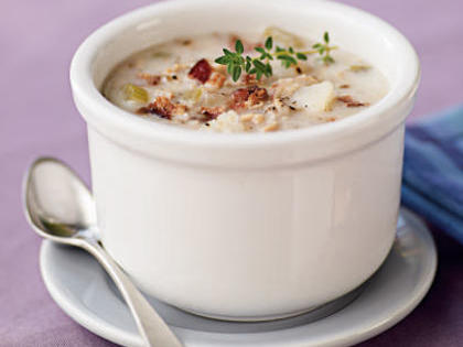 Simple Clam Chowder