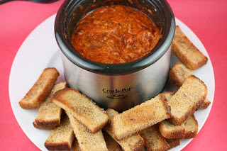 How to make homemade Pizza Fondue in the CrockPot Slow Cooker Little Dipper