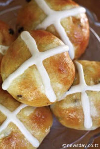 Hot Cross Buns Recipe | Skinnytaste