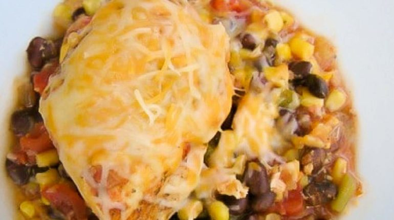 Slow Cooker Cheesy Southwestern Chicken