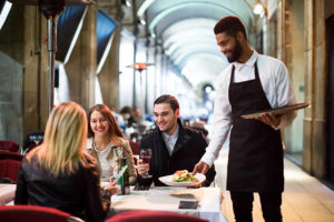 Restaurant Waiters – Start a Promising Career in a Restaurant