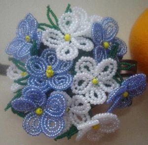 How Do You Make a French Bead Flower?
