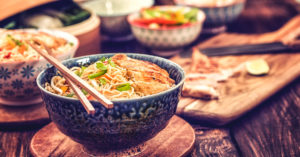 A History of Chinese Food and Restaurants
