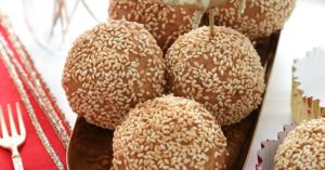Fried Sesame Balls for Chinese New Year