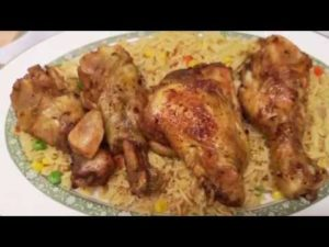 HOW TO MAKE  QUICK RICE AND CHICKEN FOR DINNER VIDEO.