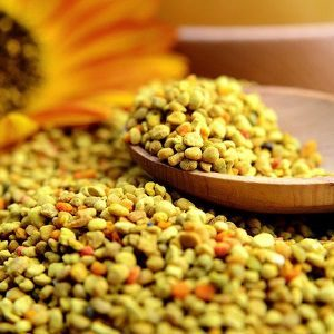Is Bee Pollen Vegan? That's A Tough Choice!