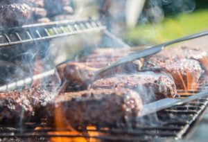 Outdoor Barbecue Grilling Tips