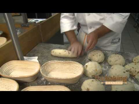 Quarkstuten: Preparing the Dough for Baking